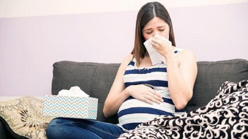 Mẹ bầu bị cảm lạnh