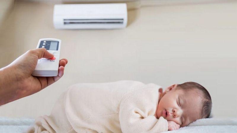 Nhiệt độ phòng thích hợp cho trẻ sơ sinh là bao nhiêu độ?