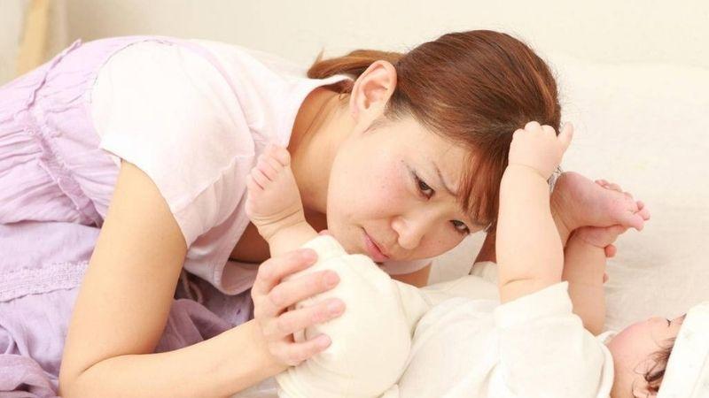 Một vài lưu ý khi bé trẻ sơ sinh bị tiêu chảy